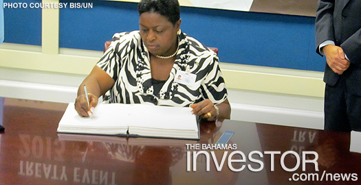 MG signing at UN
