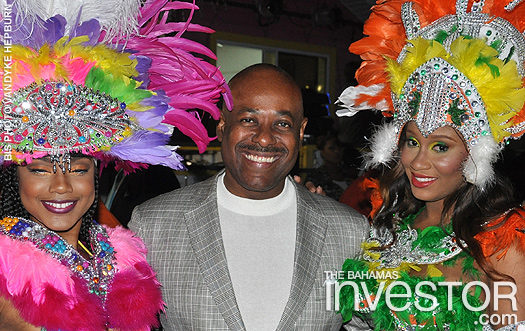PM launches Junkanoo Carnival